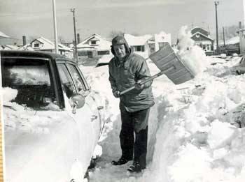 Snow February 1969 Olive St Roosevelt Blvd 2.jpg
