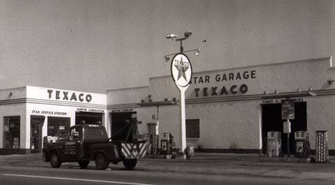 West End Beech St Texaco Gas Station.jpg
