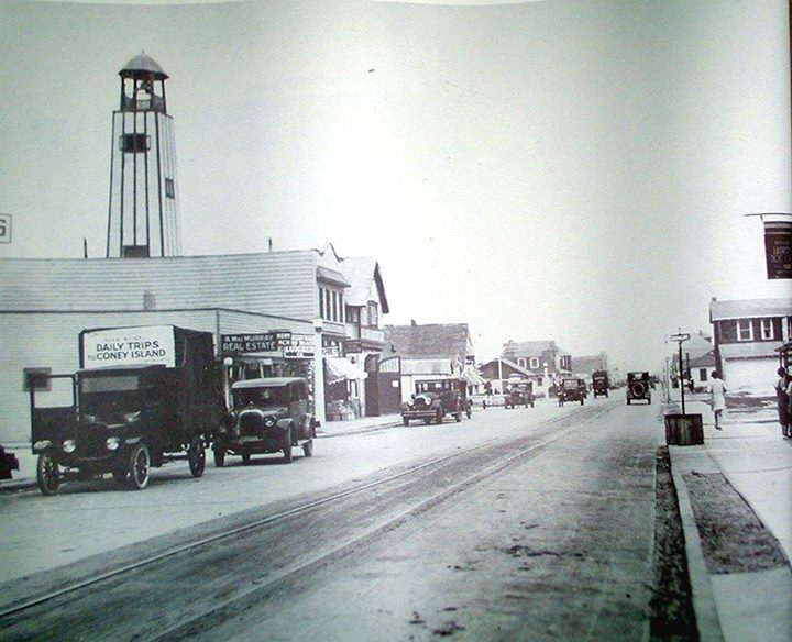 West End Wisconsin Looking East 1940.jpg