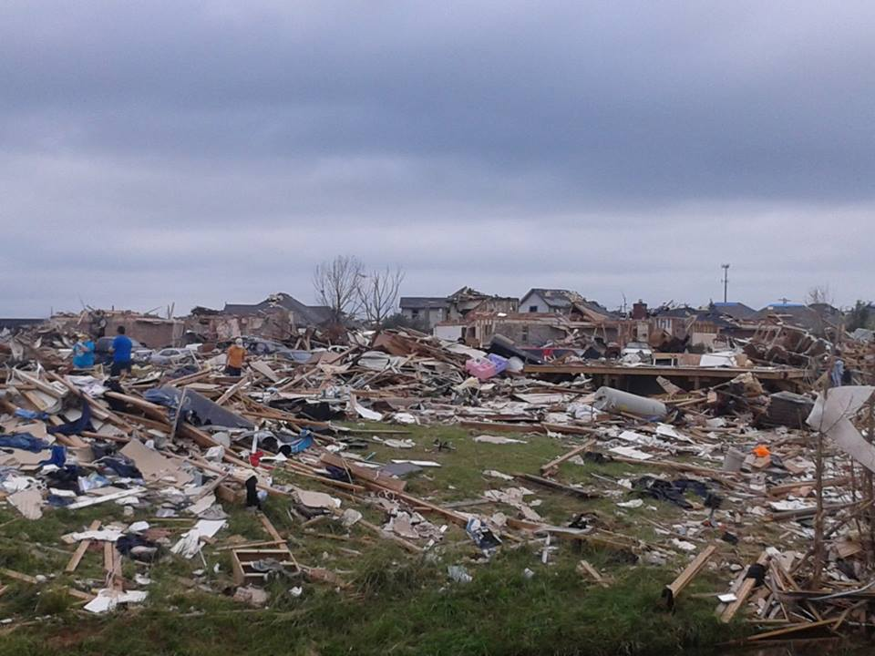 Destruction following tornado in El Reno.