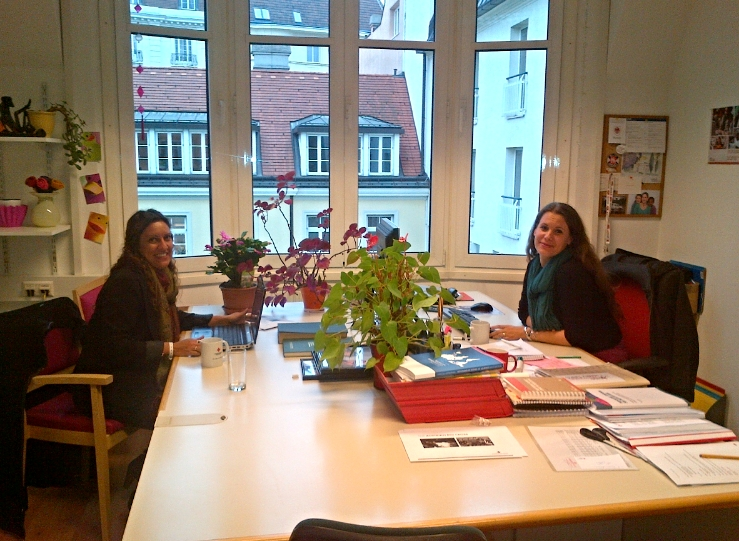 Lisa Ghali and Claire Schocher-Doring, Head of Tracing Services at the Austrian Red Cross.