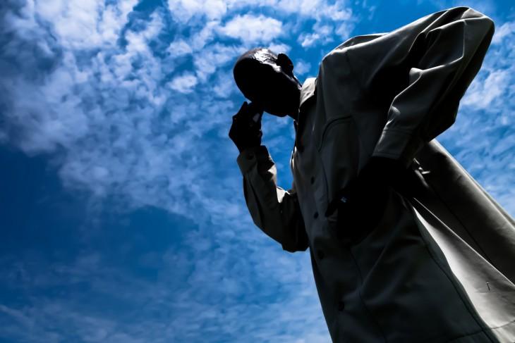 Un equipo de CICR viajo a un lugar en el estado de Unity para entregar un mensaje de la Cruz Roja y para planificar una llamada telefónica entre miembros de una familia separada por la reciente violencia. CC Por-NC-ND/CICR/Pawel Krysiek