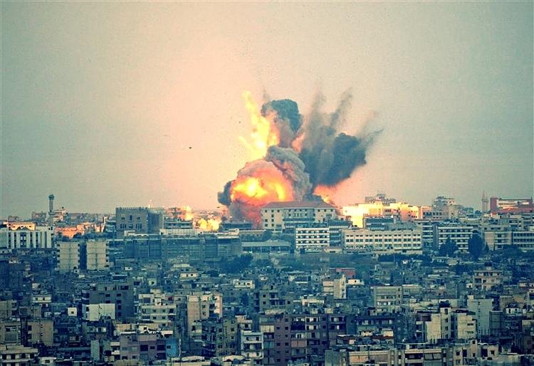 Bombardeo israelí en Beirut, 2006.