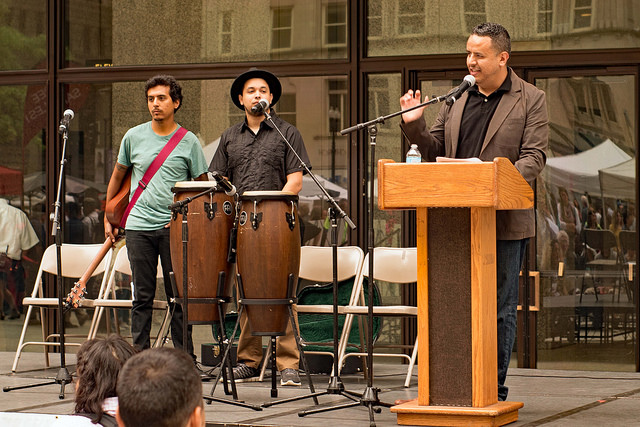 Emcee Luis Narváez introduces Los Leones, Lester Rey and Giovany Revelle. Photo Credit: American Red Cross - Chicago and Northern Illinois Region Chapter.
