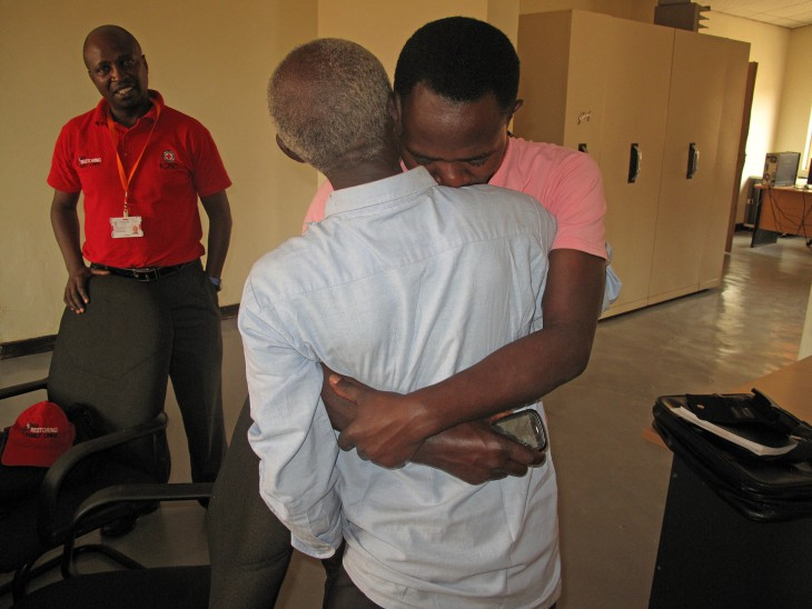 Rwanda. Raymond Ngendahimana embraces the father he has not seen for 22 years, after tracing him through the ICRC. CC BY-NC-ND / ICRC / Emmanuel Nyandwi
