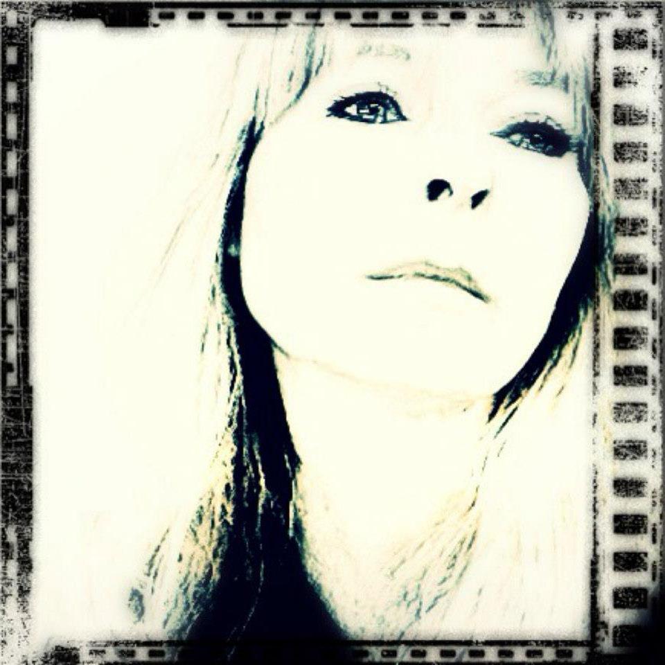 Vivi Hanson Sacerdote - NEM Founder Artist