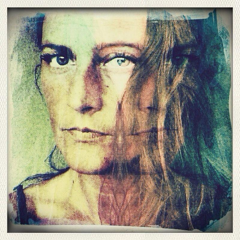 Elena DiMaggio @elenaD