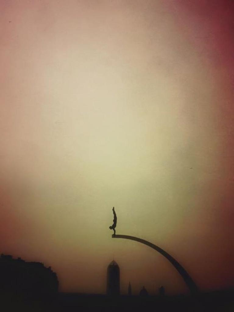 """""""Sky Diver"""""""