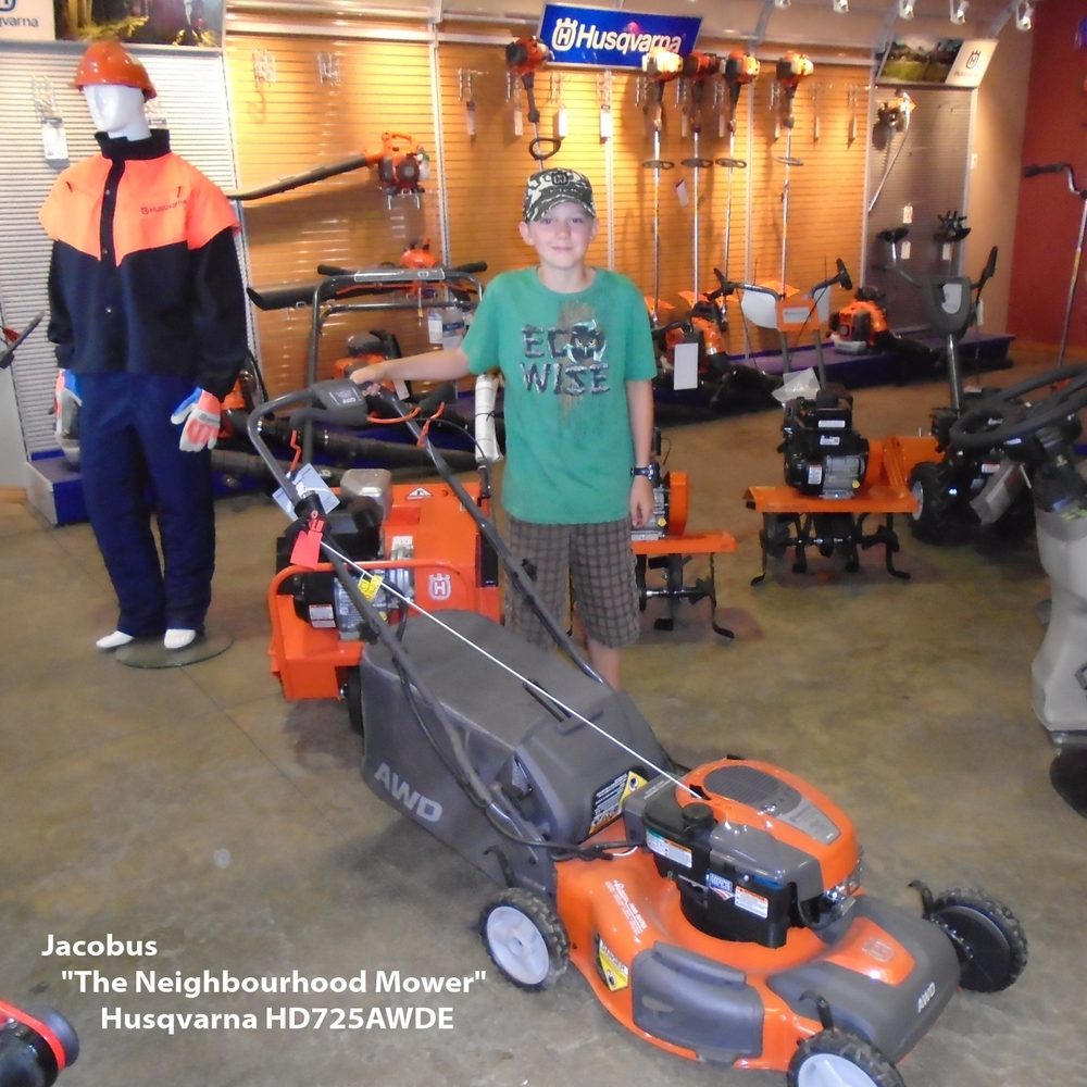 Jacobus - The Neighbourhood Mower - Husqvarna HD725AWDE Done.jpg