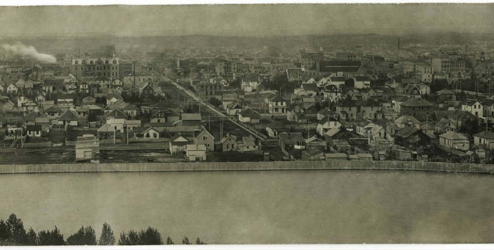 View of Calgary from the North Hill, 1911 (Photo: Calgary Public Library)