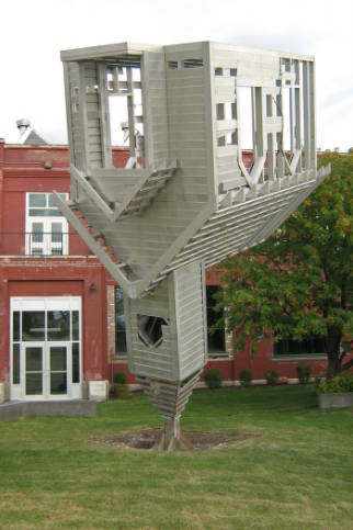 "Dennis Oppenheim's ""Device to Root Out Evil"" was installed in Ramsay, a few blocks away from the murder site in Susan Calder's novel. The sculpture became a landmark during its stay in Calgary between 2008 and 2014. (Photo: Calgary Public Library, Judith Umbach Photograph Collection)"