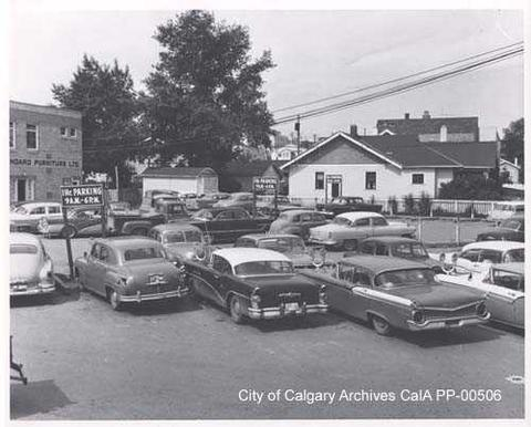 A glimpse of the Calgary Esi Edugyan's protagonist Samuel Tyne might recognize: a 1960 parking lot at 14th Street and 16th Avenue SW. Edugyan was born in Calgary in 1978, years after this picture was taken. She grew up in Glamorgan, a ten-minute drive west of this intersection, borrowed books at the Shaganappi library, and graduated from Central Memorial High School. (Photo: City of Calgary Archives)