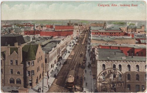Calgary's 8th Avenue in 1911 (Photo: Calgary Public Library Williams & Harris Shared History Centre)