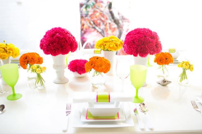 neon wedding table decor