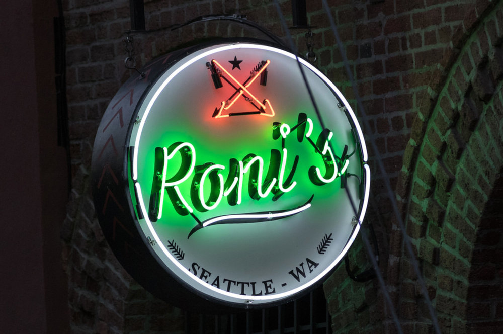 Neon Sign Design, Roni's Bar,  Recurring Set
