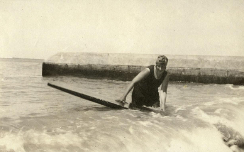 Agatha Christie was one of the first women ever to surf standing up.