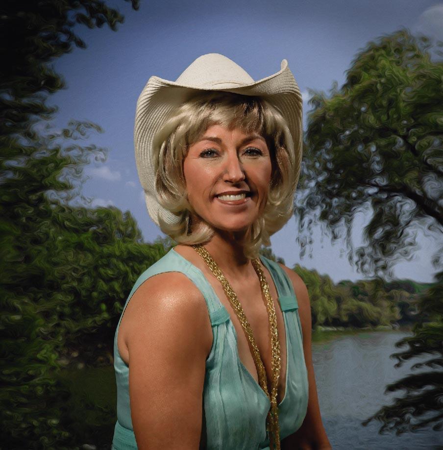 Cindy Huotari - Buffalo, MN Headshot and Portrait