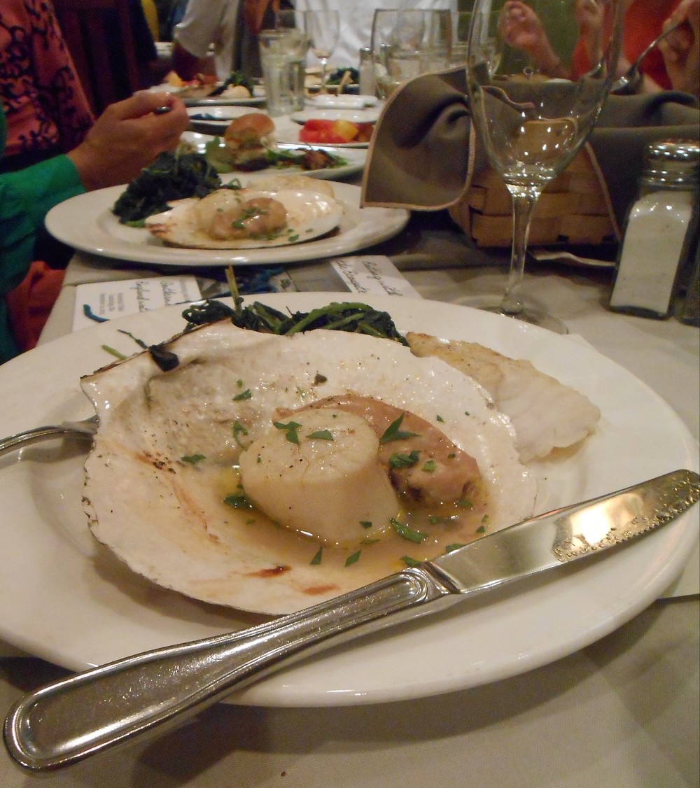 Roe-on scallops -- a little-known delicacy