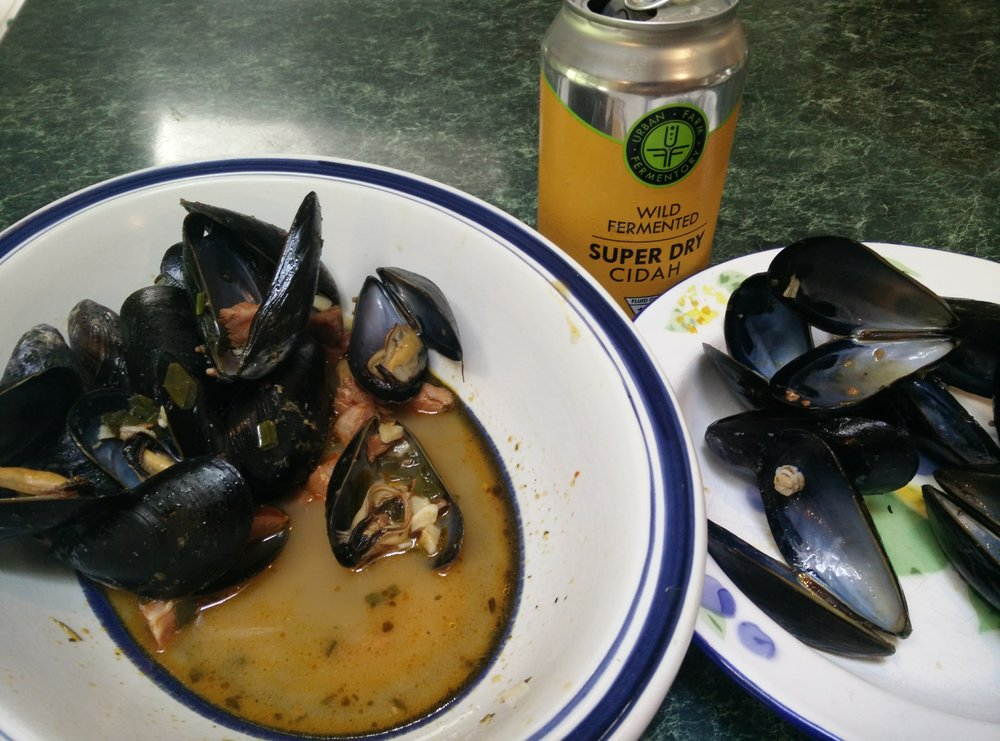 Chris Dodge_Mussels.jpg