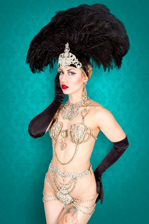 Lavender May de la troupe Cabaret Capone, Photo parFrank Lam