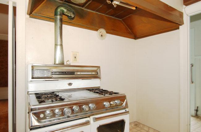 Vintage-stove.jpg