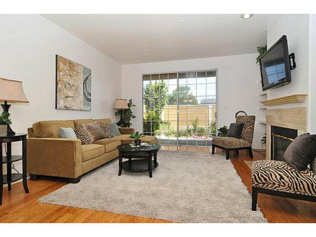 Living-room2.jpg