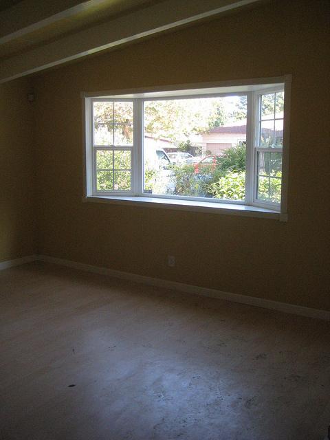 living-room-w-bay-window.jpg
