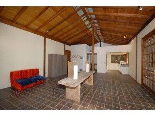 220-Allen-living-room.jpg