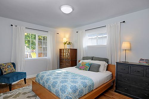 bedroom11_500.jpg