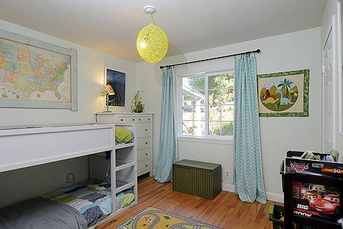 bedroom31_500.jpg