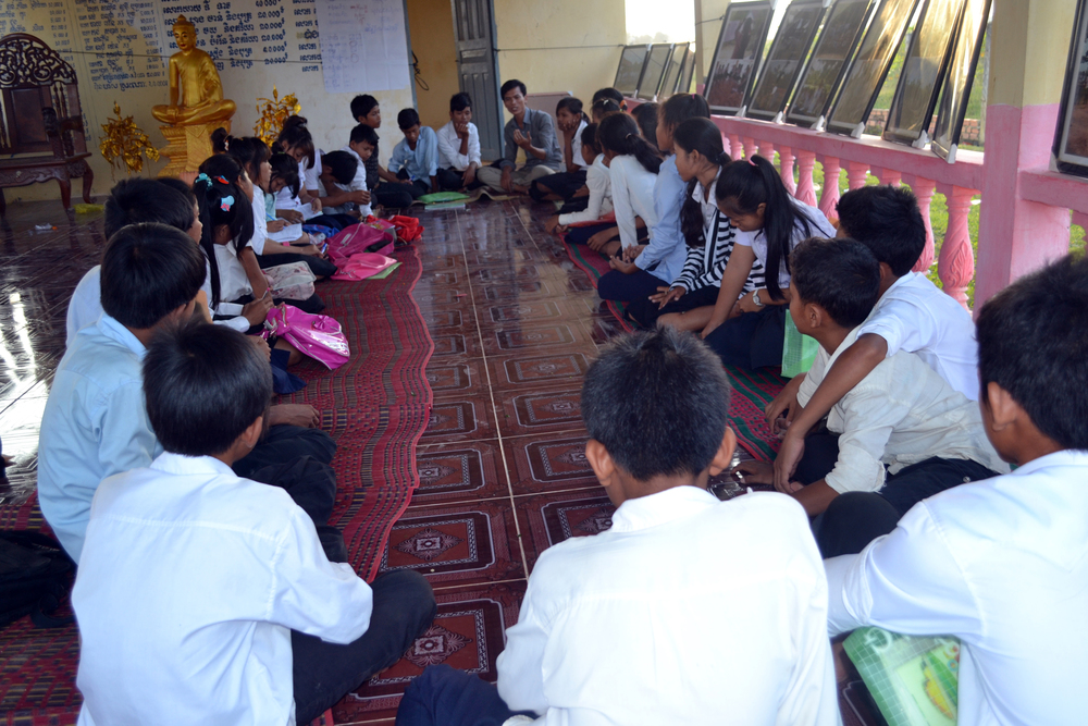 A workshop being run by our local partner in Cambodia, Youth for Peace, in 2013.
