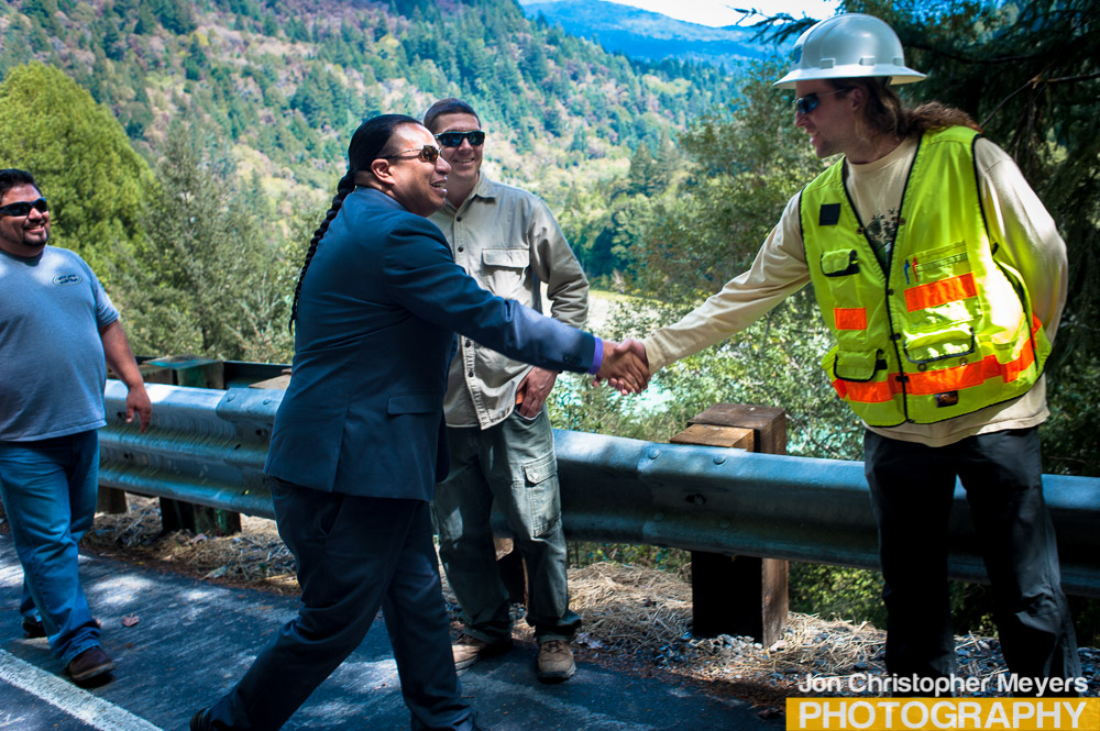 Javier greeting Caltrans worker.