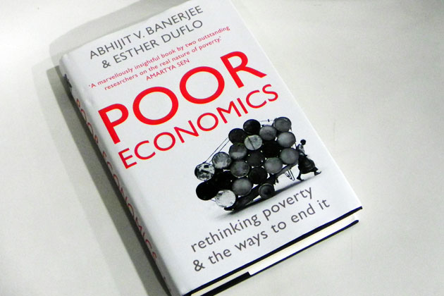poor-economics-220711.jpeg