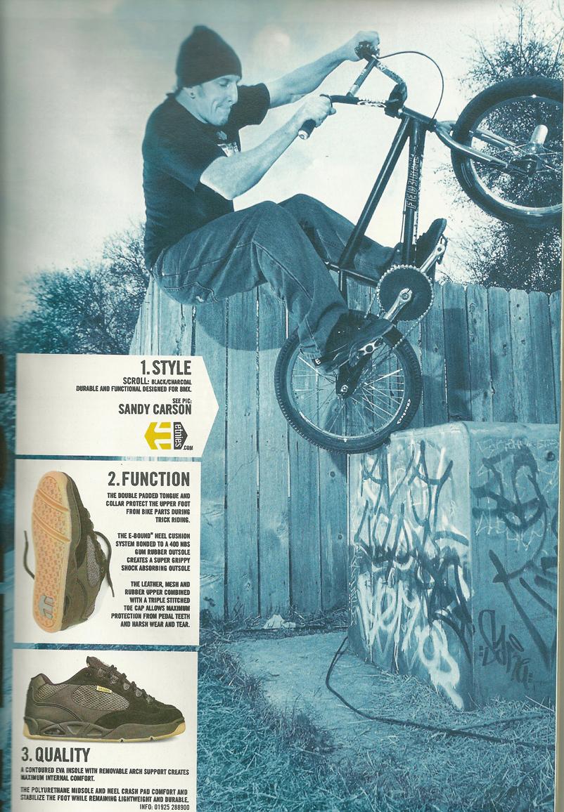 Sandy Etnies ad 90's
