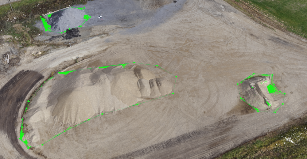 Stockpile Volume Calculation with Pix4D