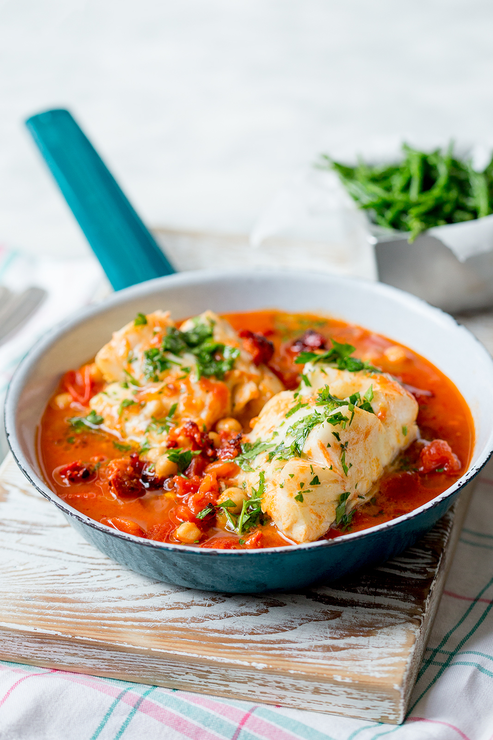 Spanish cod one pot the kitchen alchemist for How to cook cod fish in a pan