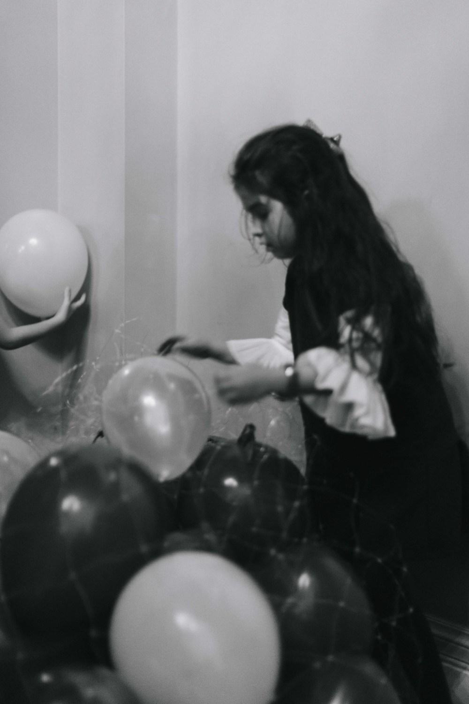BalloonGirl-8556.JPG