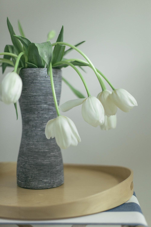 Tulips Bedside.jpg