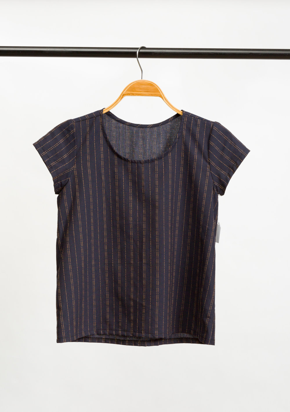 SCOUT WOVEN TEE   DESIGNED BY   GRAINLINE STUDIO,   MADE BY   PINK SUEDE SHOE,   FEATURING   INDIKON (16717-62)