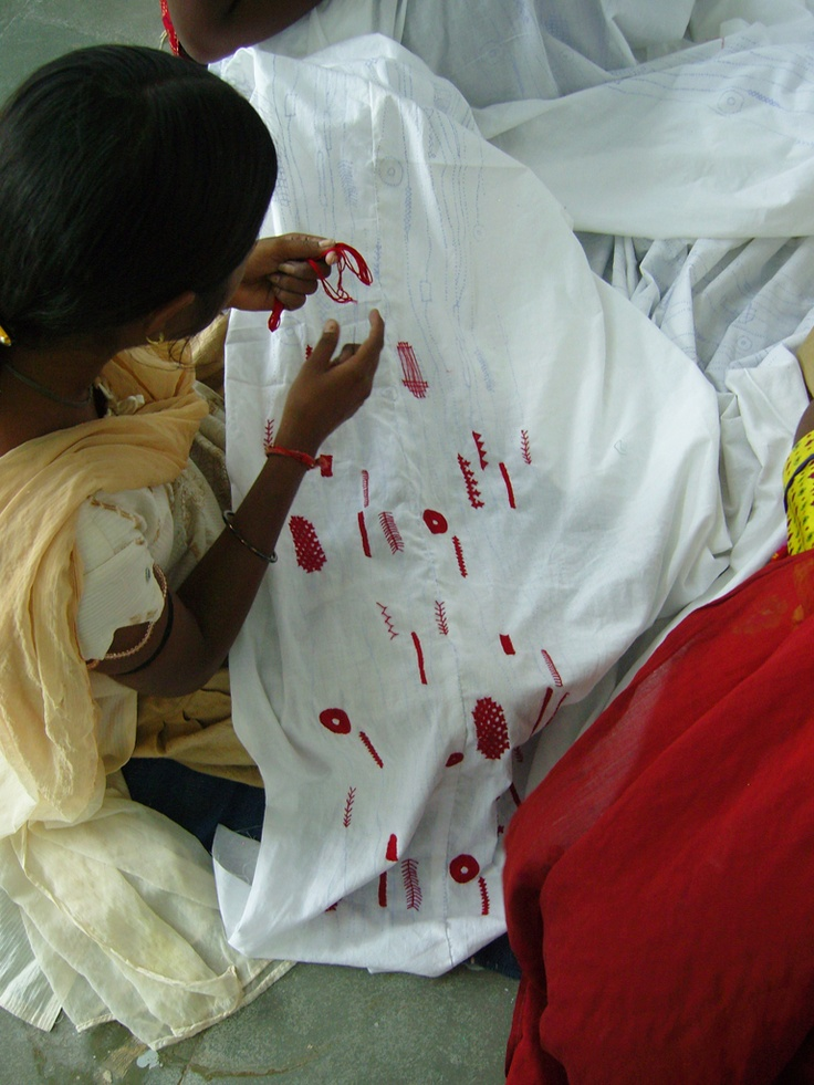 SEWA embroiderer working on our Kukuben quilt. From our Gujarati Embroidery Pinterest board.