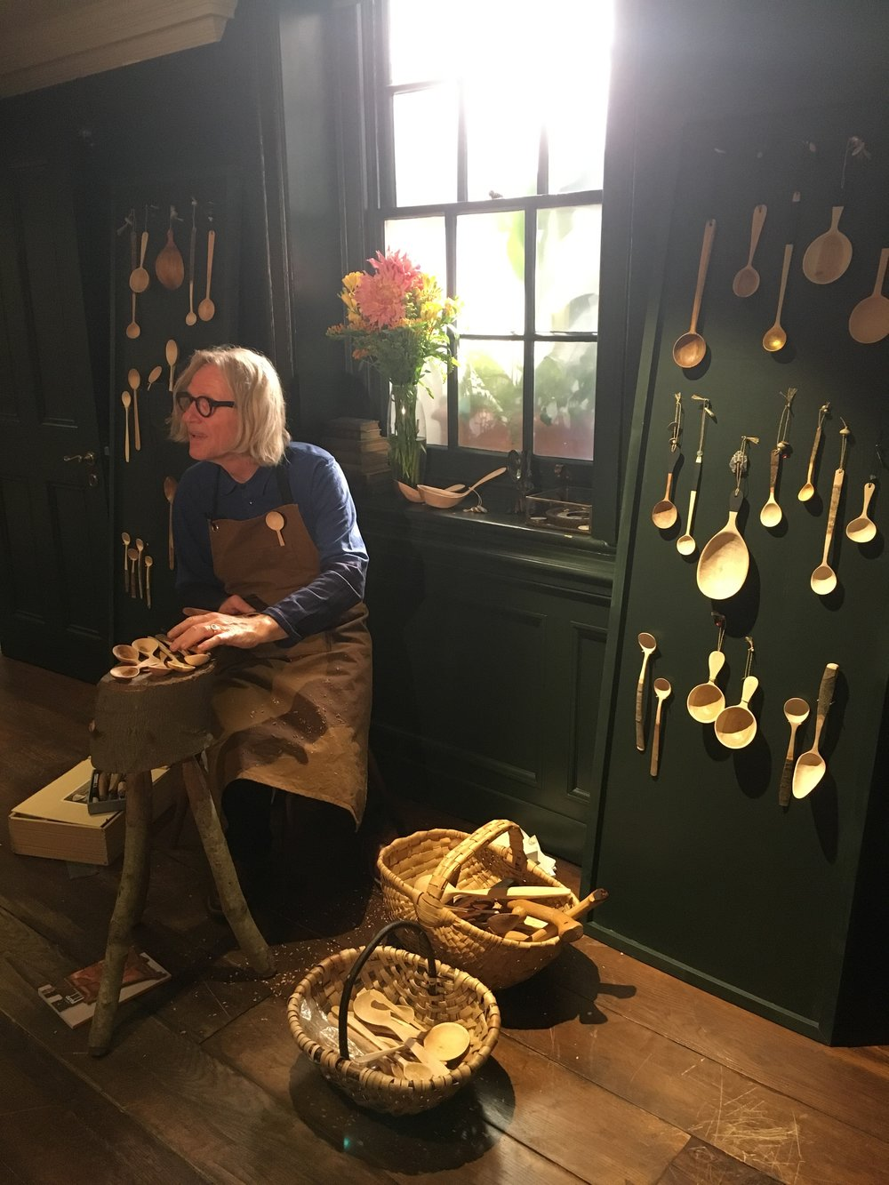 Spoon Carver Mark Reddy installed at Alfred Dunhill