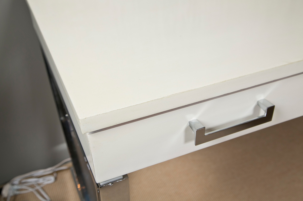 Curved X Base Desk 2.jpg