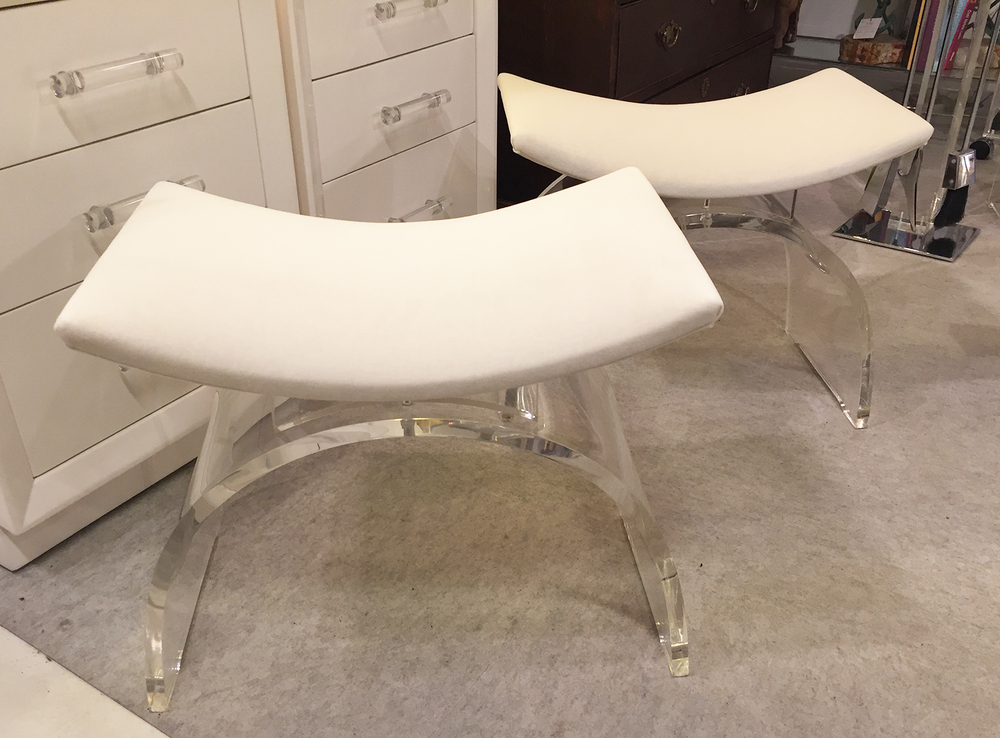 Curved Lucite White 2.jpg