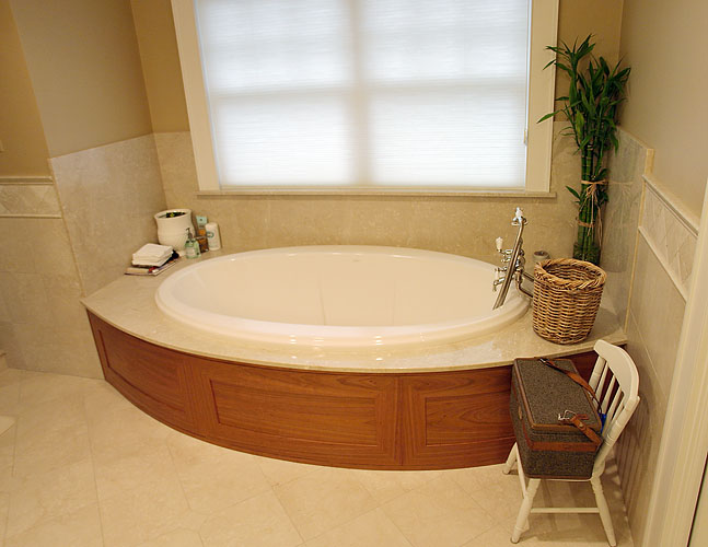 Soaking Tub Panel