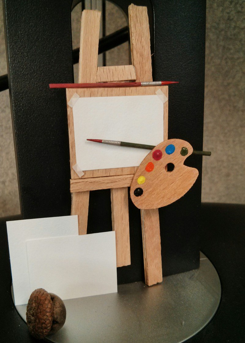 This tiny easel sits on my computer at the office. It makes me happy to see it every day.