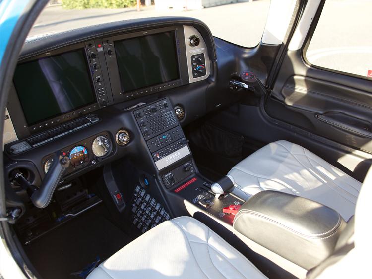 N415DG-cockpit.jpg