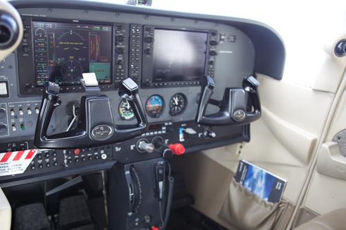 N1361M-int.jpg