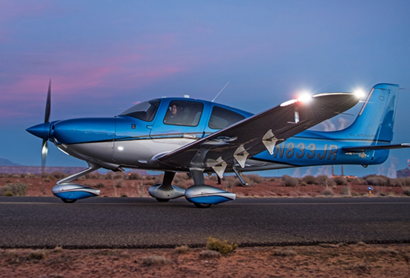 We learned about the brand new  2017 Cirrus SR22T G6 . What an amazing evolution of this incredible machine.