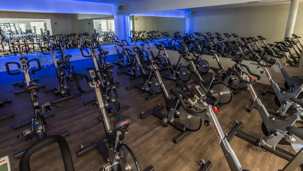 The Spin room boasts a dedicated 1000 watt music system to take the already intense experience of Spin class to its peak.