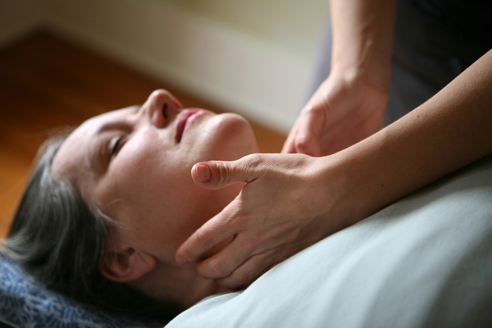 Chiropractic adjustment on the neck